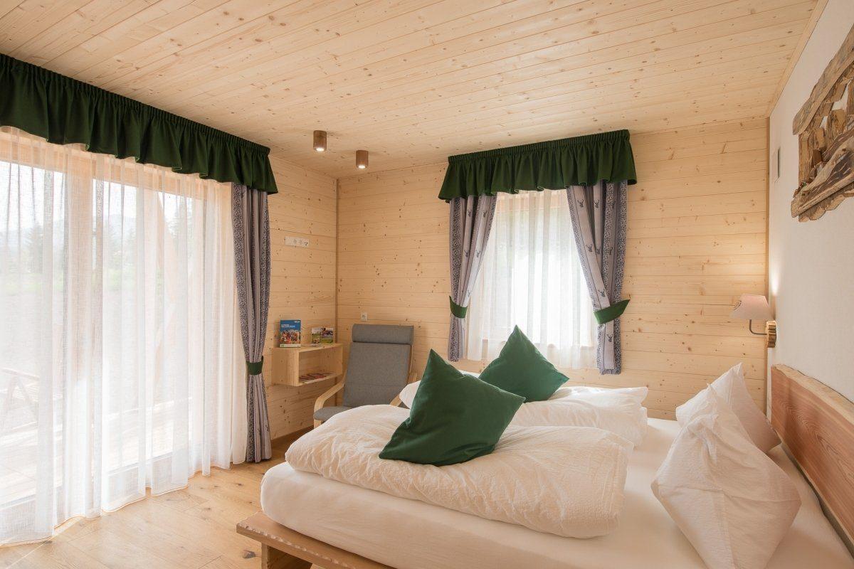 camera menta tutta in legno